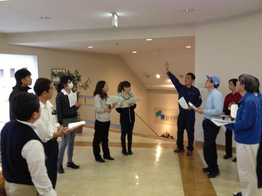 AED講習会および避難訓練と消火器の使い方講習会_d0063218_15402373.jpg