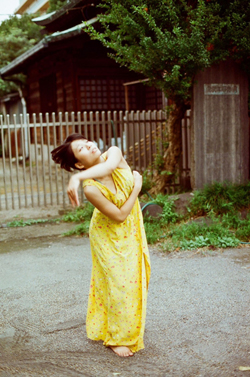 ヤマイヲ舞ウ ~それを受け入れ踊ること~               ストローで宇宙を創造する_d0178448_2317483.jpg