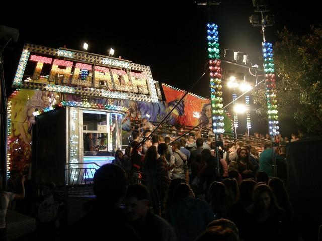 小さな町のお祭り _e0224461_2124841.jpg