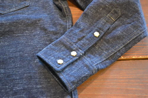 ZEBURA DENIM SHIRT_d0160378_20203431.jpg