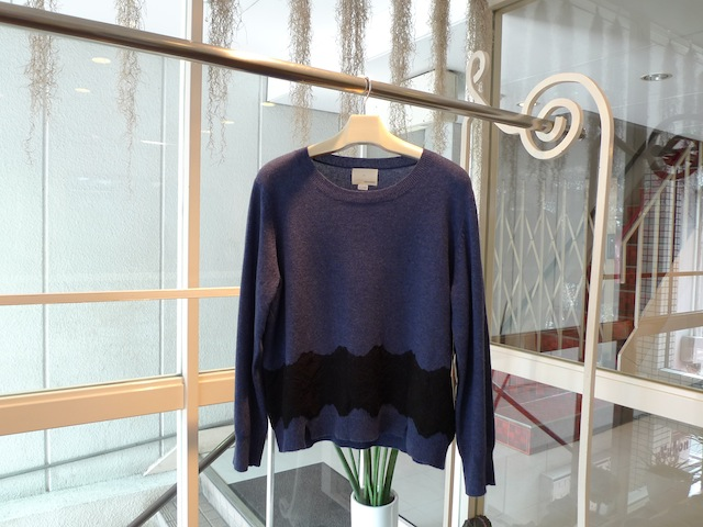 GIRL. BY BAND OF OUTSIDERS PULLOVER KNIT WITH LACE_f0111683_16242527.jpg