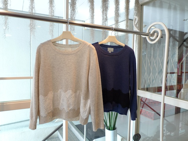 GIRL. BY BAND OF OUTSIDERS PULLOVER KNIT WITH LACE_f0111683_16242652.jpg