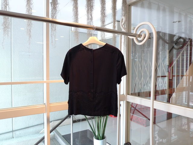 GIRL. BY BAND OF OUSIDERS TWILL TOP WITH LACE_f0111683_16511688.jpg