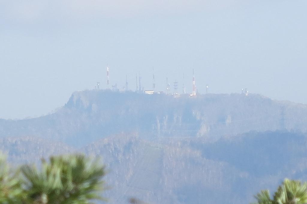10月31日、定山渓小天狗岳、夕日岳と朝日岳-その1-_f0138096_2263523.jpg