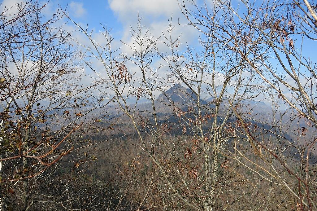 10月31日、定山渓小天狗岳、夕日岳と朝日岳-その1-_f0138096_226373.jpg