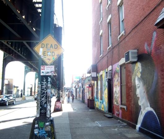 NYのグラフィティの聖地、『ファイブ・ポインツ』(5 Pointz)_b0007805_2135351.jpg