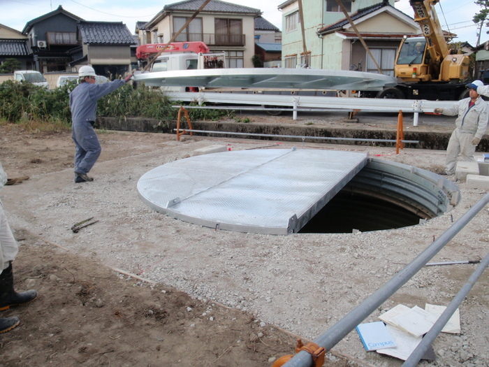大型蓋板設置_a0210112_20111188.jpg