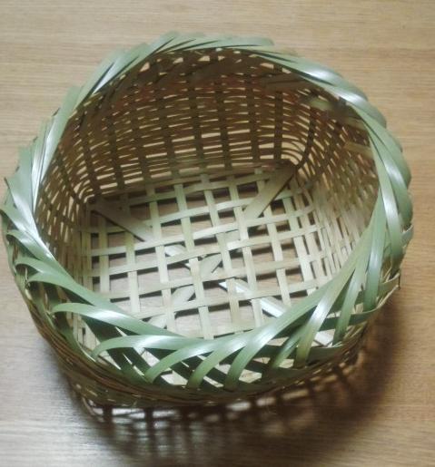 竹かご作り_e0085133_23234248.jpg
