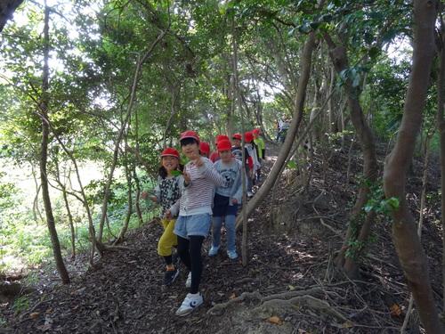 岸和田市立東光小学校遠足サポート   in  せんなん里海公園うみべの森_c0108460_20415542.jpg