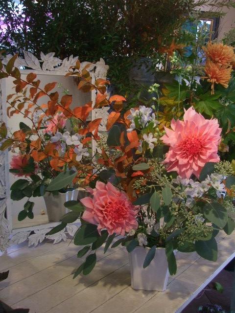 オークリーフ花の教室(赤地さんと宮原さんの作品)_f0049672_184048.jpg