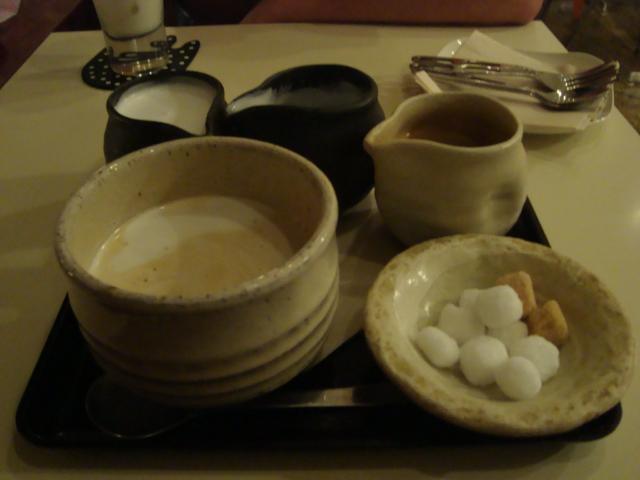 吉祥寺「A.B.Cafe エビカフェ」へ行く。_f0232060_22202680.jpg