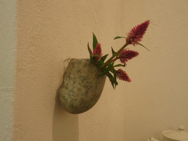 花を生け変えました。_b0132442_18342015.jpg
