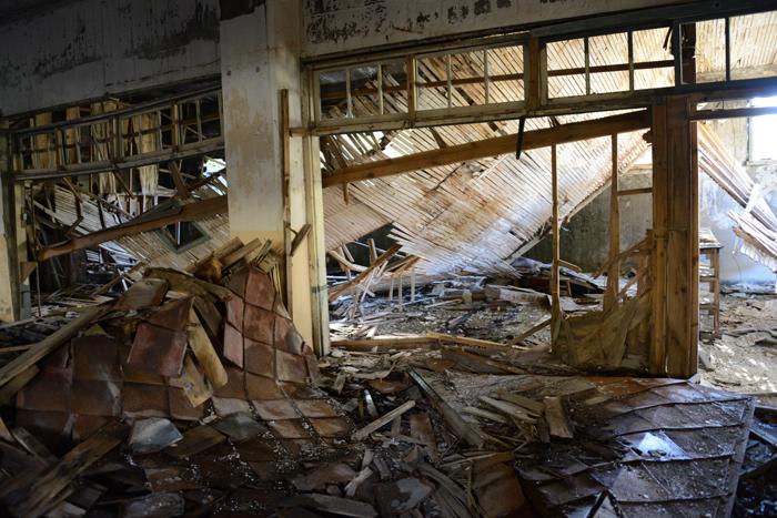 松尾鉱山住宅廃墟_e0171573_2122246.jpg