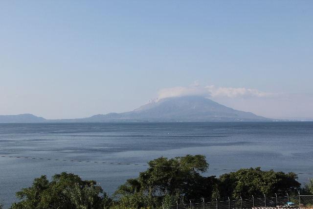 霧島と佐多岬の旅 (3) 九州・本土最南端の佐多岬へ_c0011649_4504348.jpg
