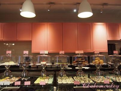 the hummingbird bakery_f0238789_19273428.jpg