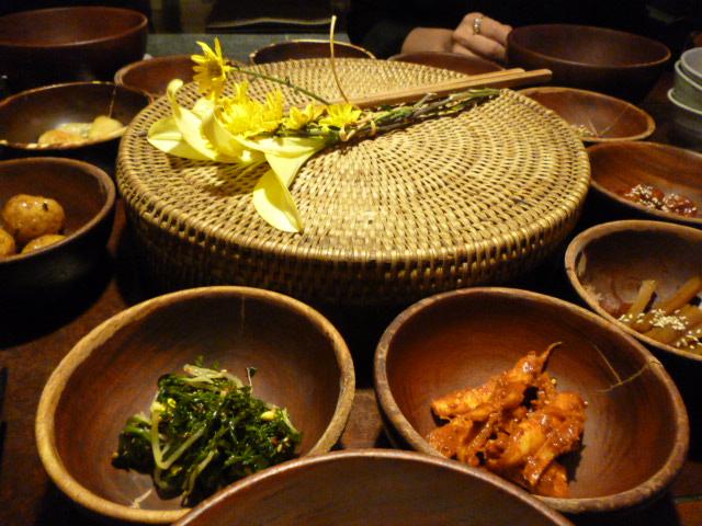 野菜三昧・・・・seoulなランチ_b0210699_23242243.jpg