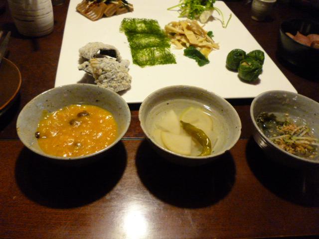 野菜三昧・・・・seoulなランチ_b0210699_2341516.jpg