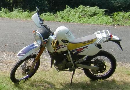 バイク盗られました・・・。スズキ ジェベル250XC SJ45A_e0218639_1655958.jpg
