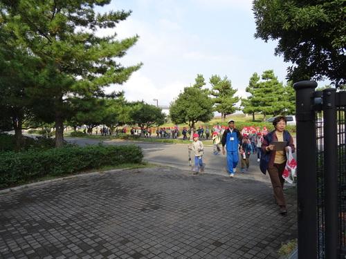 淡輪小学校1年生遠足サポート  in  うみべの森_c0108460_20494872.jpg