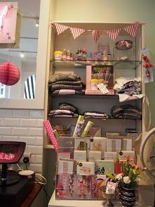 Primrose Bakeryの店内_f0238789_1738392.jpg