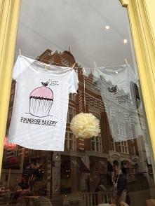 Primrose Bakeryの店内_f0238789_1739562.jpg