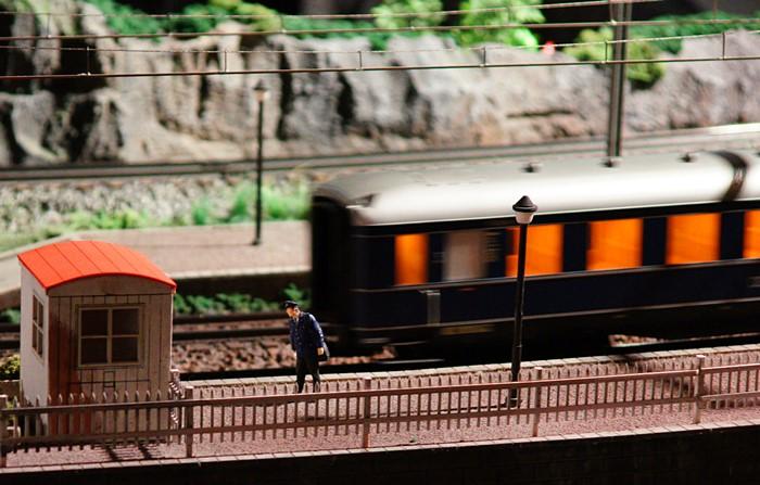 原鉄道模型博物館のジオラマ_b0145398_1211573.jpg
