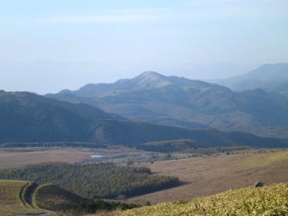 草原を登れ 三峰山_e0077899_1111879.jpg