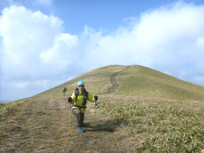 草原を登れ 三峰山_e0077899_111240.jpg
