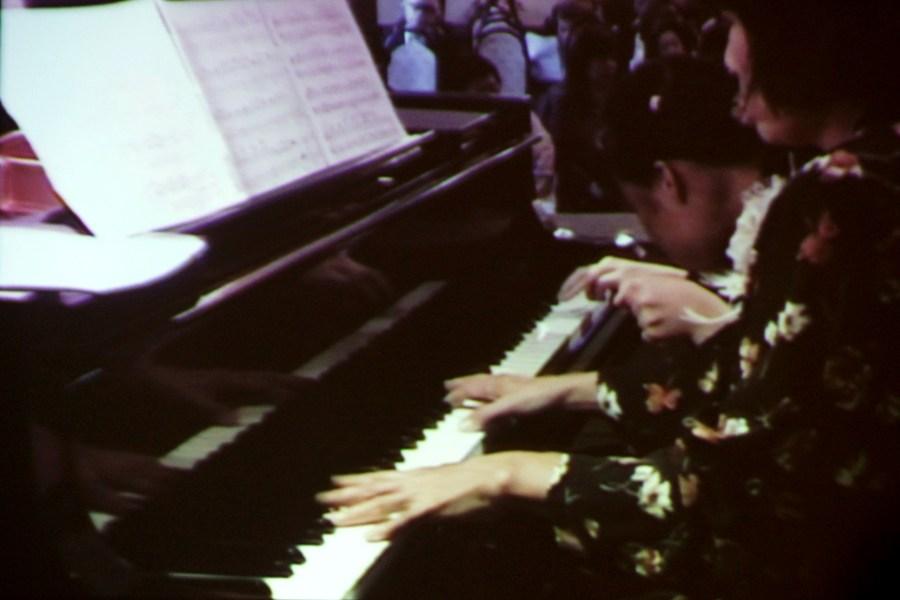 「第3回ウィーン国際障害者ピアノフェスティバル2013」記念コンサート@オーストリア大使館_f0006713_2229820.jpg