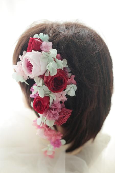 髪飾りの花鎖と4シェアブーケ セントジェームスクラブ迎賓館様へ_a0042928_1226619.jpg