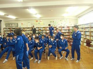 中学校訪問_a0272042_18422878.jpg