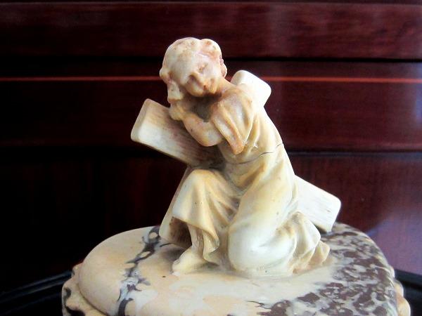 幼児イエスと十字架付きの箱 半額以下_f0112550_51247.jpg