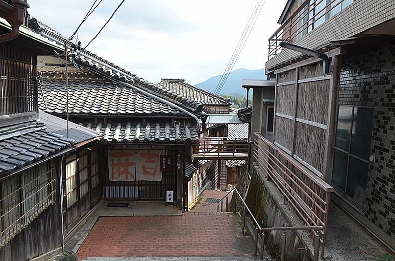 建物探訪 TUKIDEおかげ参り_e0164563_951830.jpg
