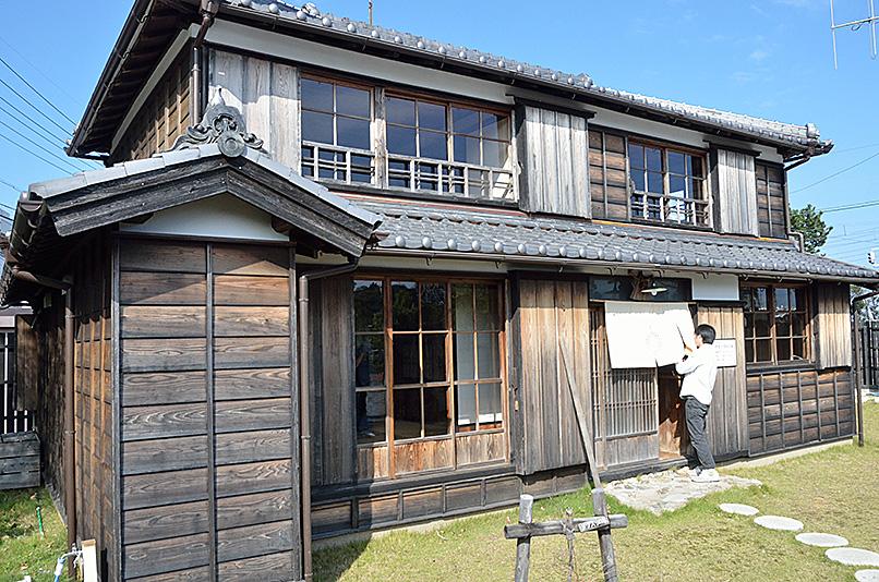 建物探訪 TUKIDEおかげ参り_e0164563_955442.jpg