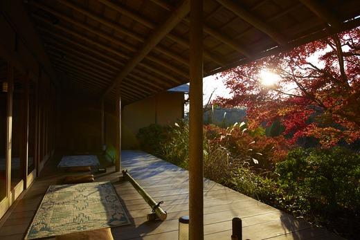アングル~建築家が撮った京都<2>_a0254818_12341338.jpg