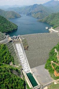 徳山ダムの水は「品質保証」されていない_f0197754_2118316.jpg