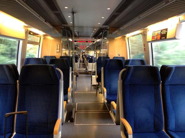 No.19 9月23日 デトモルトまでの列車の旅_a0047200_181485.jpg