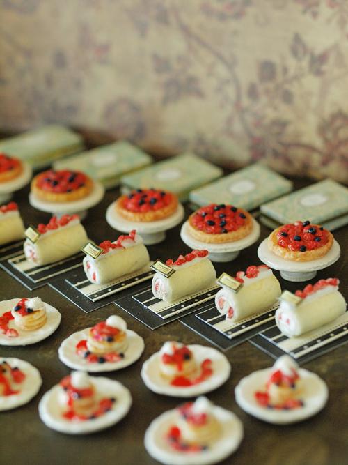 miniature*    [3]  Berry sweets* 出品予定_e0172847_938736.jpg