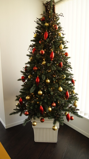 ホワイトカラーの素敵なポット付きクリスマスツリーご紹介~_f0029571_2345546.jpg