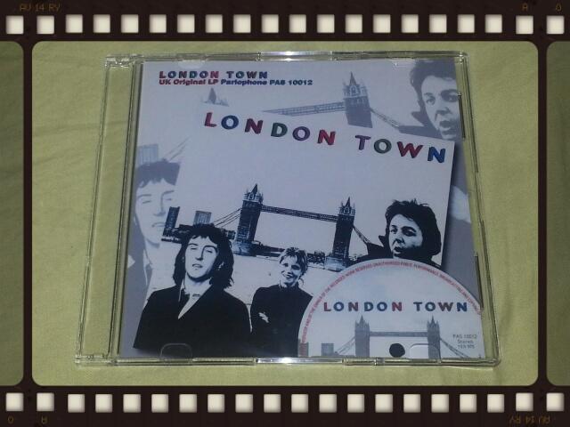 WINGS / LONDON TOWN UK ORIGINAL LP_b0042308_13574457.jpg