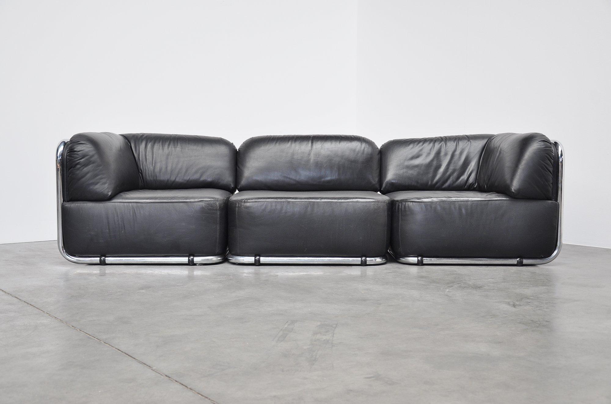 geoffrey d harcourt 1970. Black Bedroom Furniture Sets. Home Design Ideas