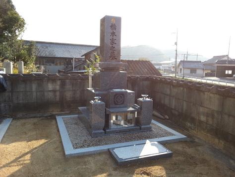 黒龍石 8寸墓石工事_c0160758_12421711.jpg