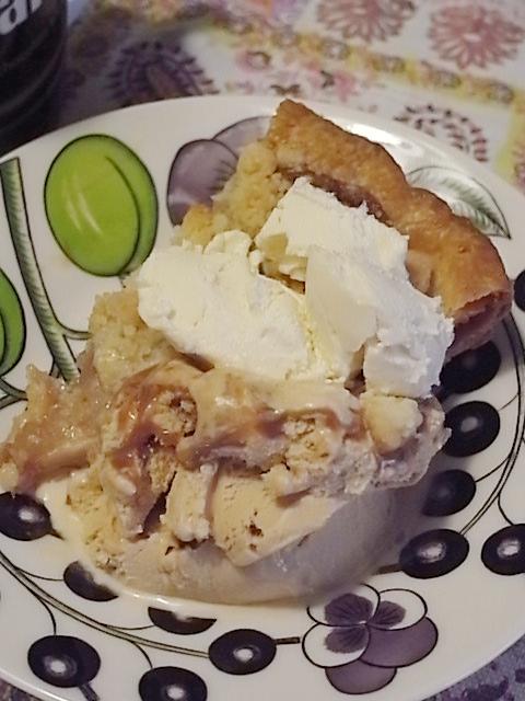 おばあちゃんの味のアップルパイ「GRANNY SMITH (グラニースミス)」@表参道_b0051666_17134055.jpg