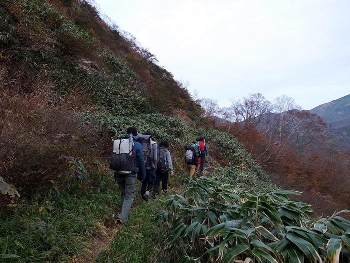 2013.11.3-4 谷川岳を歩いて泊まる山旅 day1_b0219778_19291160.jpg
