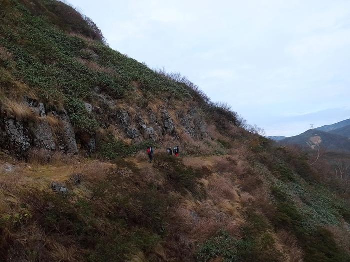 2013.11.3-4 谷川岳を歩いて泊まる山旅 day1_b0219778_19345383.jpg