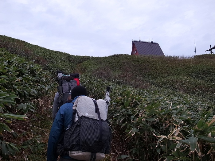 2013.11.3-4 谷川岳を歩いて泊まる山旅 day1_b0219778_19353346.jpg