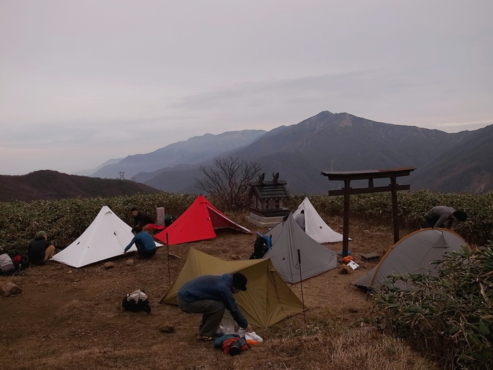 2013.11.3-4 谷川岳を歩いて泊まる山旅 day1_b0219778_1937386.jpg