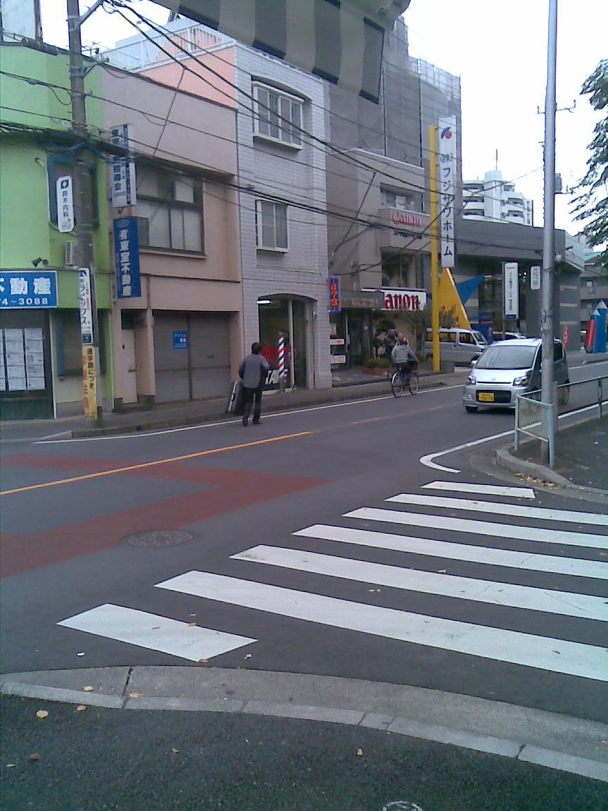 hiro氏は新スーツケースと共に本日、渡ハワイ_d0061678_22413253.jpg