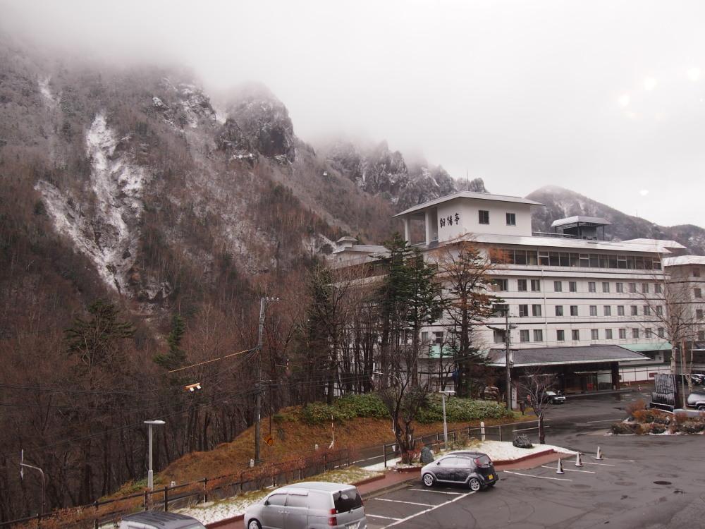 今年も「とほ宿」の総会で・・三国峠を越え層雲峡に行ってきました。_f0276498_22131249.jpg