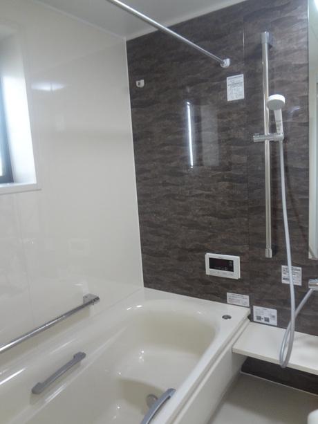 母親の為に浴室改修 TOTO(サザナ1717) 越谷H様邸③_a0229594_8533856.jpg